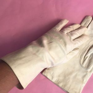 New vintage light cream leather long gloves